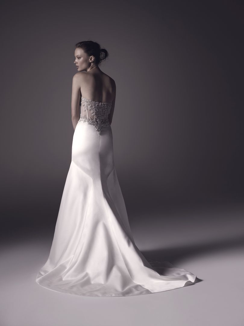 Amaré Couture Spring 2016 Wedding Dresses : Lilah wedding dress back view | read more on I take you - UK #wedding blog